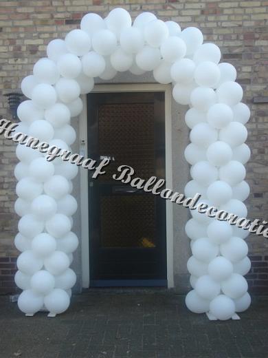 9) ballonnenboog voor enkele deur €80,00