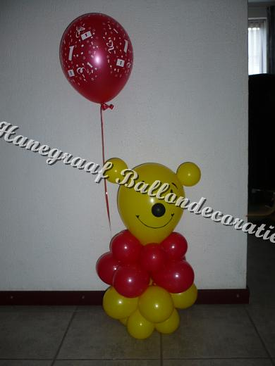 33) winnie the pooh € 17,50