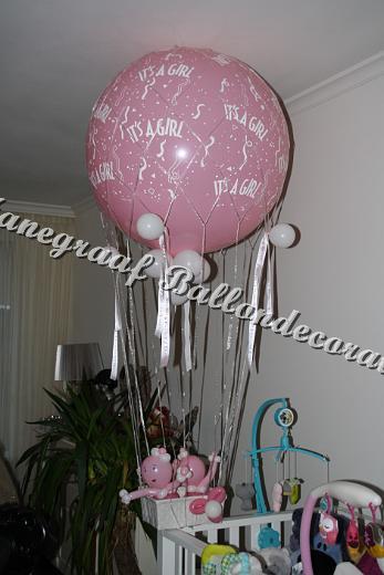 13) luchtballon met poppetjes €45,00