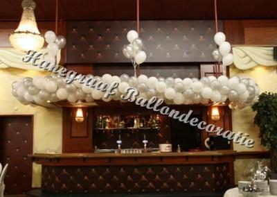 7)ballonnen slinger (6 m +trosjes+montage) totaal € 110,00