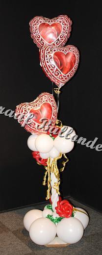 46)pilaar rozen hart €40,00