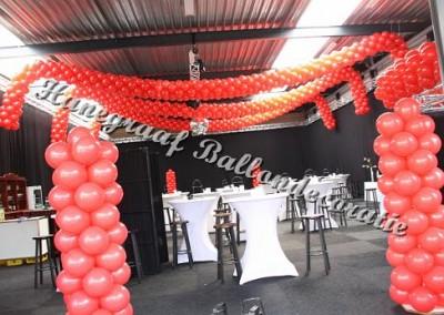 3)rode slinger in het bedrijfhal (op aanvraag)