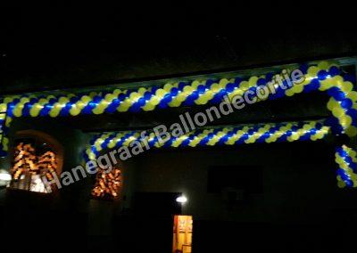 2) ballonnen slinger geel/ blauw met verlichting (op aanvraag)