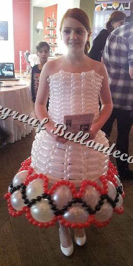 11) ballonnen jurk ( op aanvraag)