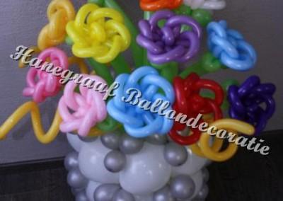 29) groot vaas met bloemen ( op aanvraag)