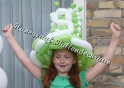 12) ballonnen hoed ( op aanvraag)