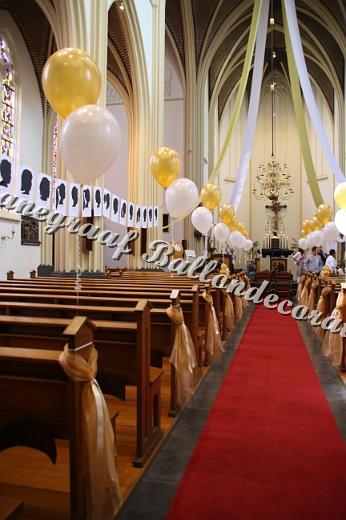 14) helium ballonnen voor in de kerk € 3,00